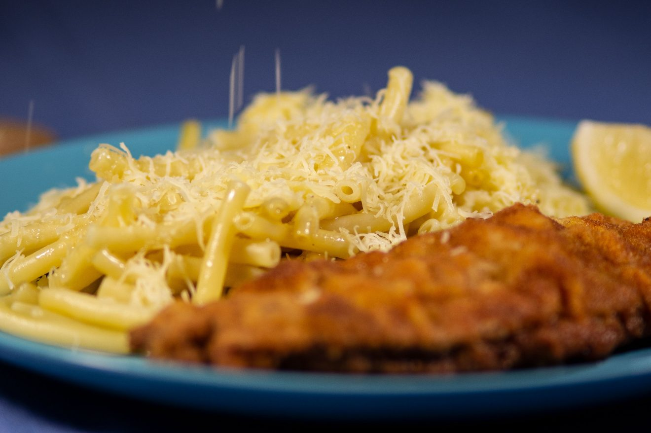 Schnitzel, Maccheroni, Emmentaler, schnitzel with noodles