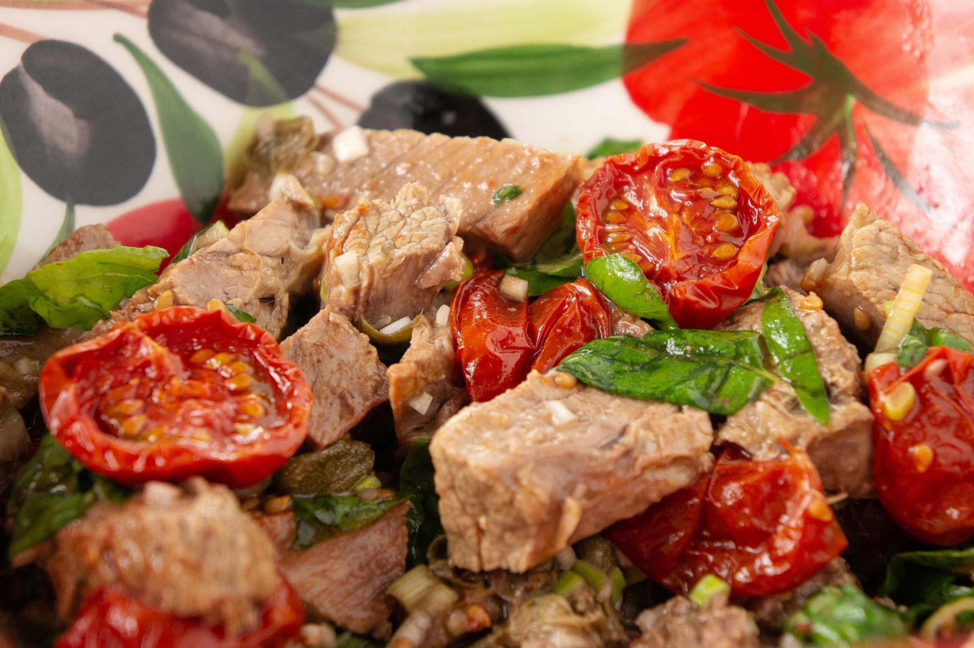 Rindfleischsalat mit halbgetrockneten Tomaten